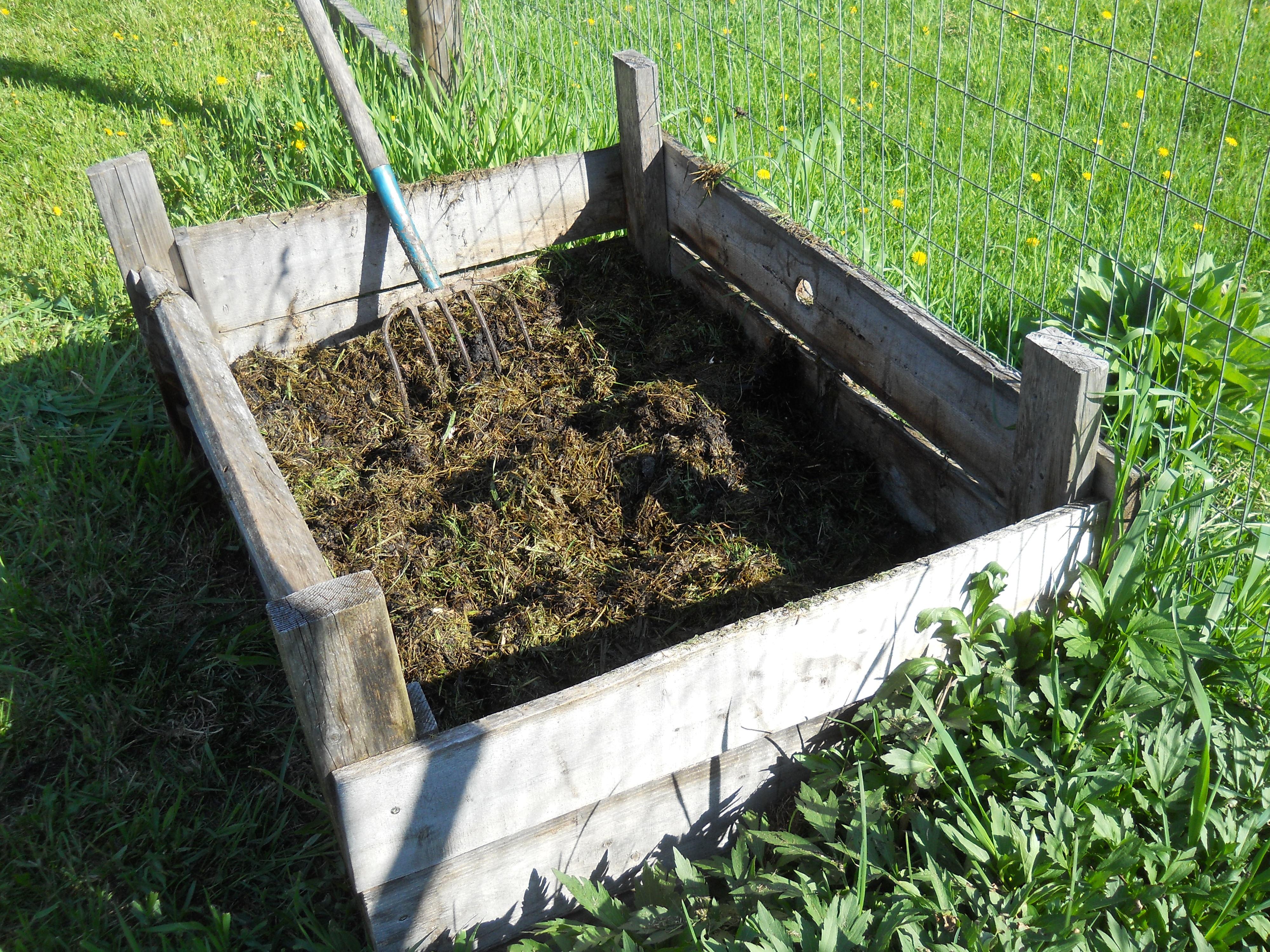 compost bin garden tool