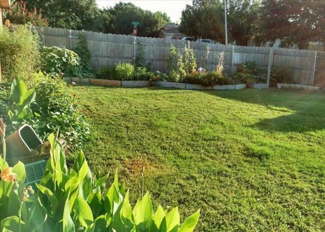 Oma's Texas Organic Garden