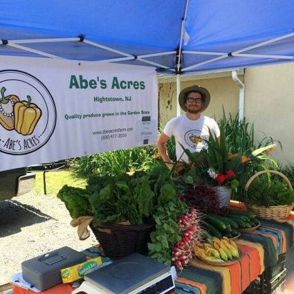 Abe's Acres Produce Table
