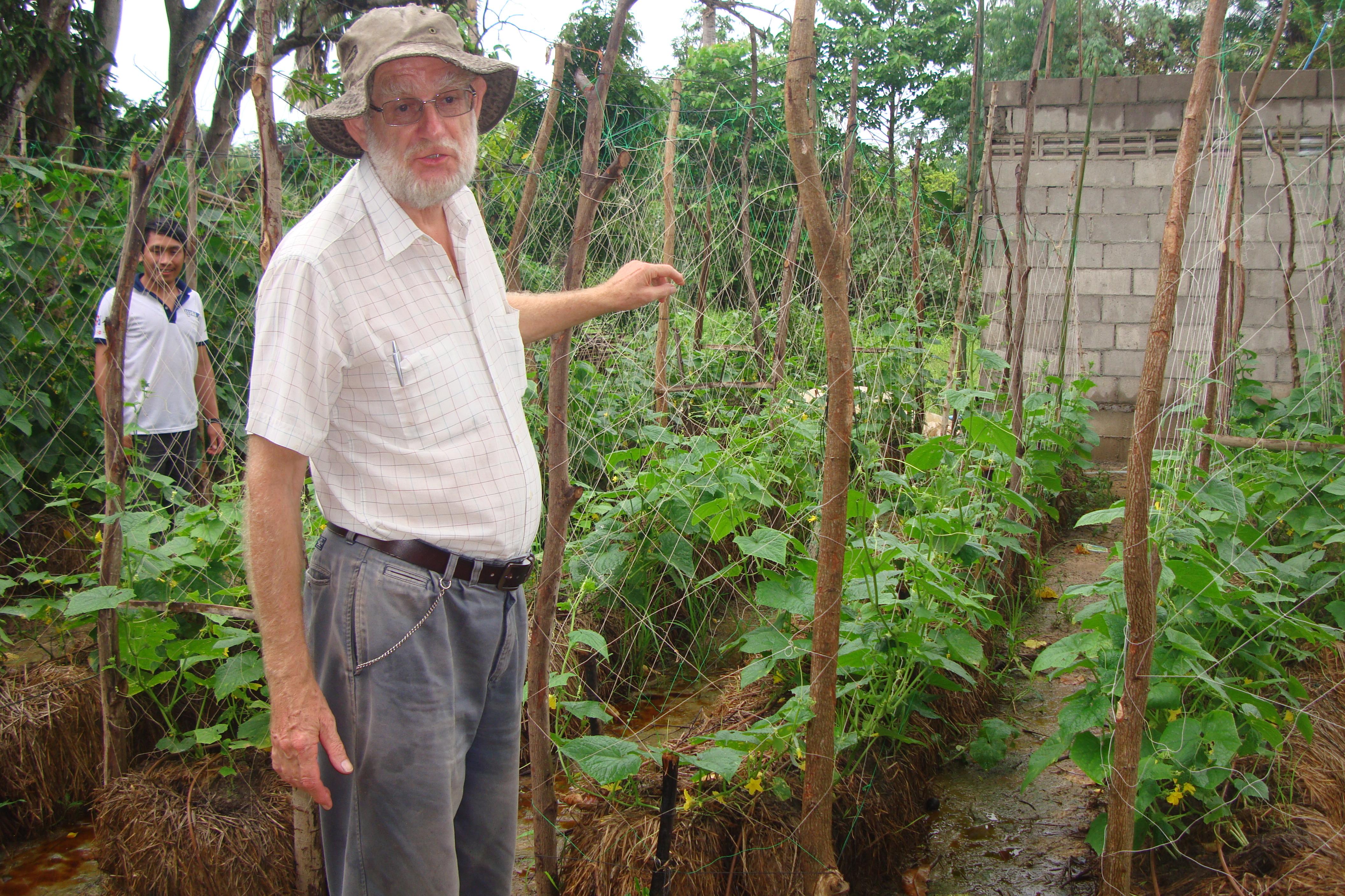 11Jul16-Bale Garden in one of the Model Farm (002)